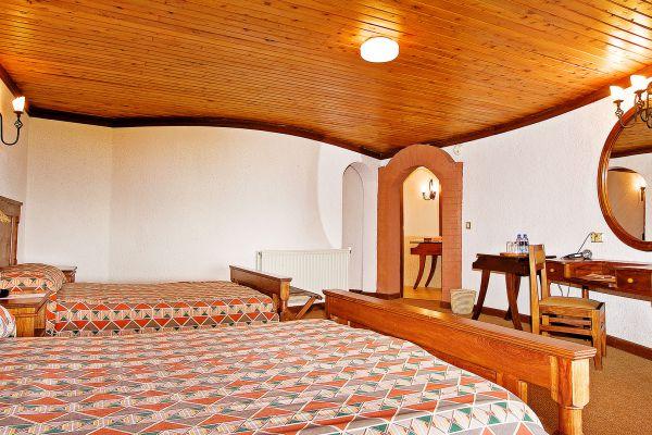 room4945925F-399C-A2D5-0A23-F00BC7F51B89.jpg