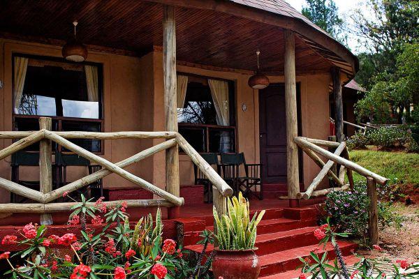 cottage-room-exterior-22E402674-8ED6-8CA2-456E-76BADEF9D4A5.jpg